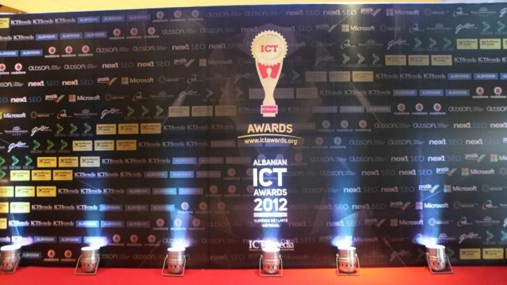 Mbyllet me sukses Albanian ICT Awards 2012 (Video)