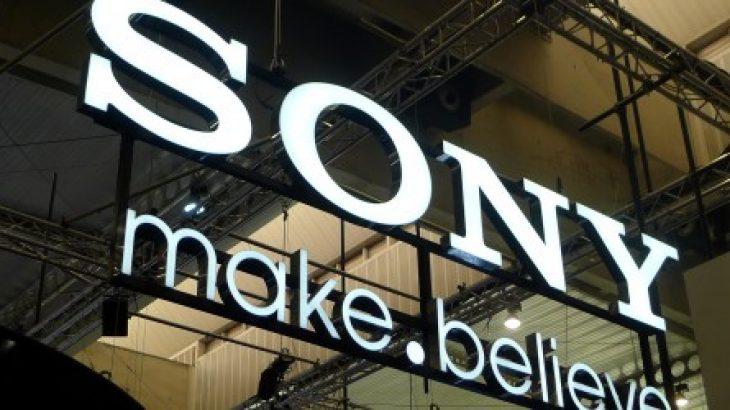 Sony lëshon kombinimin PlayStation 4/Vita për 500 dollarë
