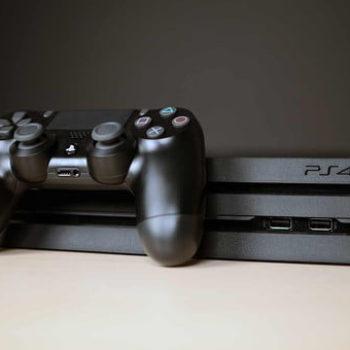 Shitjet e PlayStation 4 arrijnë në 82.2 milion